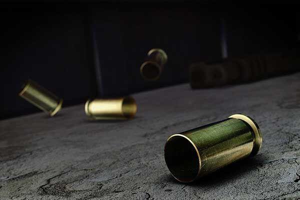 Business robbery suspect fatally shot, Saselamani