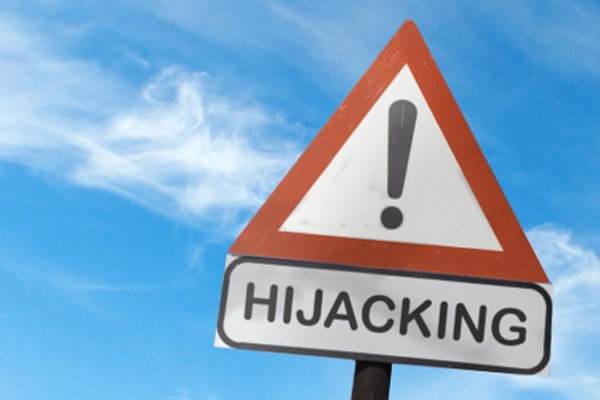 5 Parow hijackers arrested after crashing into police vehicle