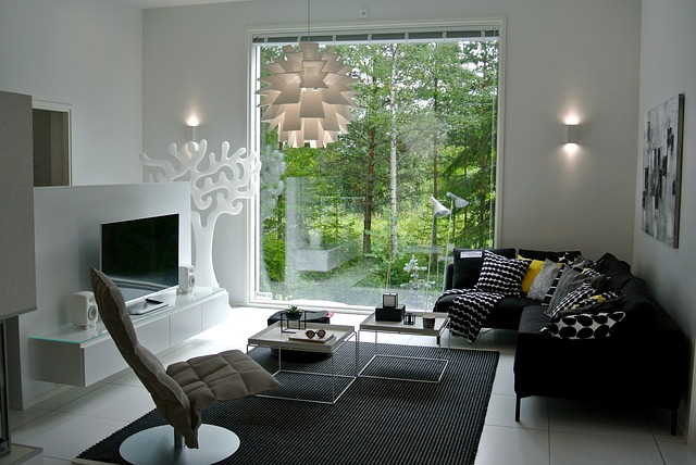 Benefits of Indoor-Outdoor Living Spaces