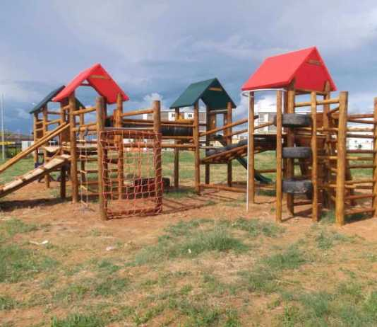 Playground Safety – What Dads Should Look Out for in Playground Equipment
