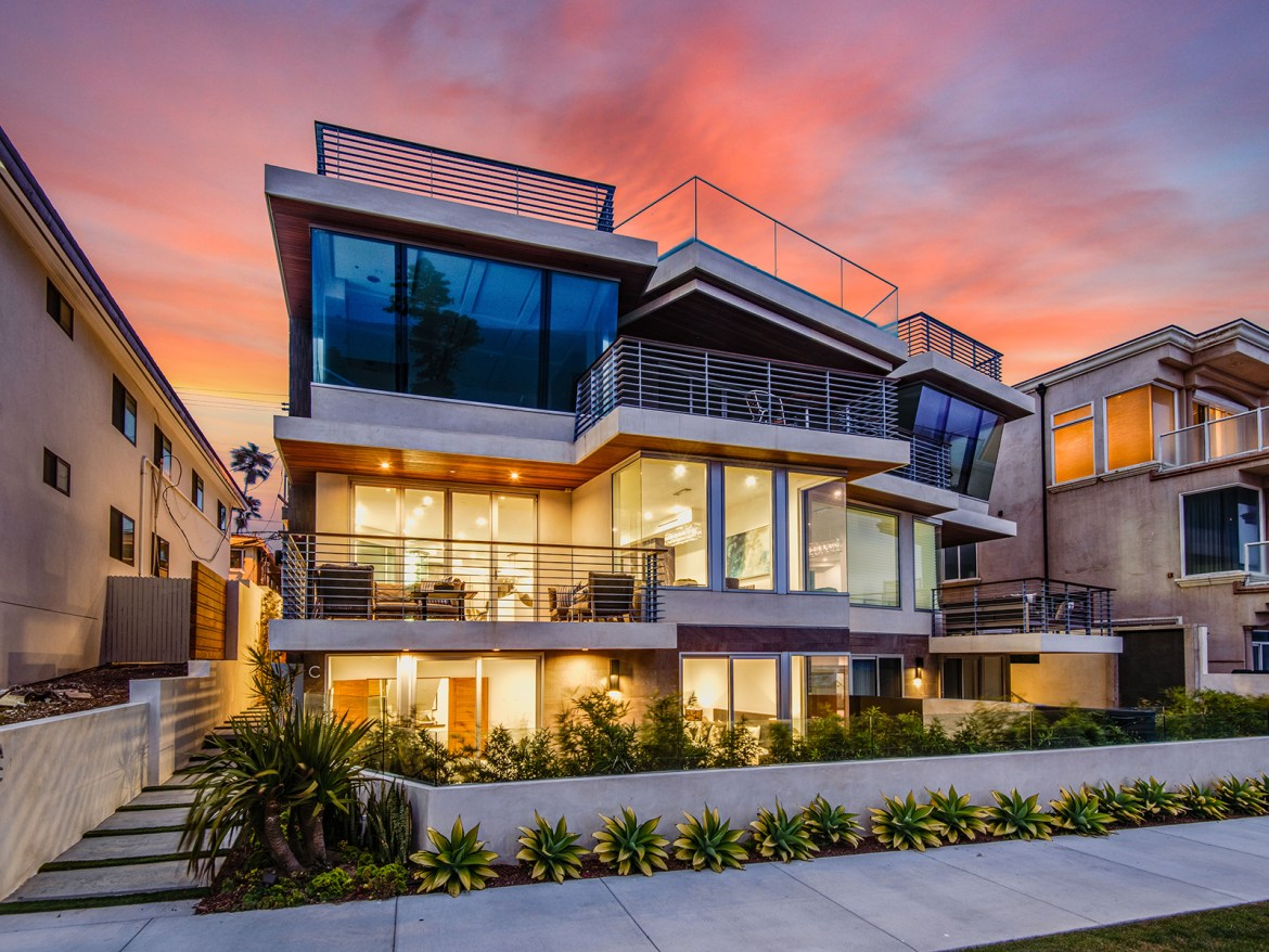 Redondo Beach Contemporary