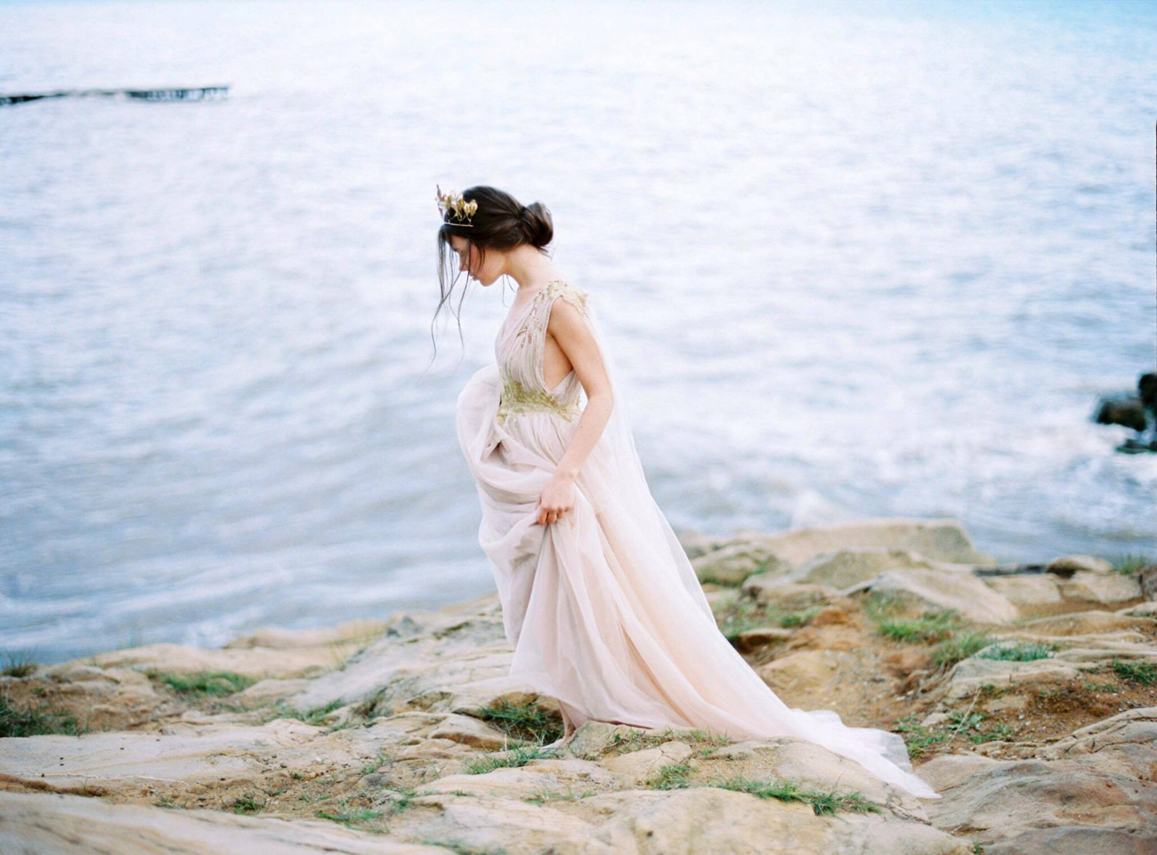 20 Ethereal Wedding Dresses From Etsy
