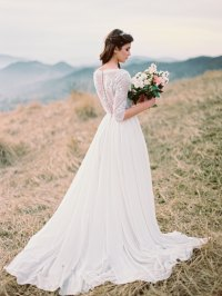 20 Ethereal Wedding Dresses from Etsy   SouthBound Bride