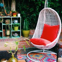 7 Ways to Dress Up a Small Deck