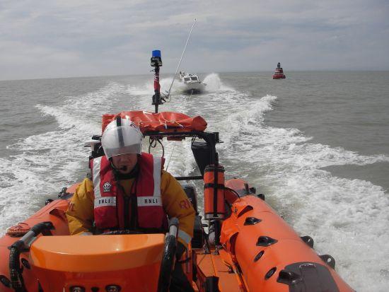 towing a broken down vessel