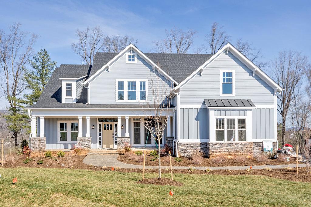 Dsc 2966 36 southern classic for Custom home builders charlottesville va