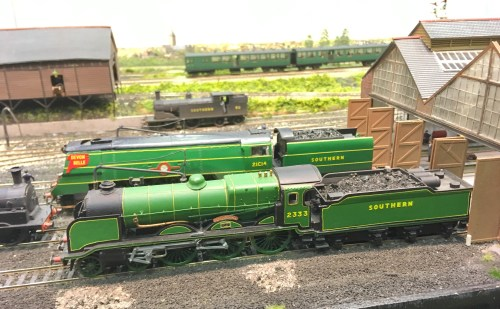 2333 on Fisherton Sarum this weekend at the Tolworth Showtrain exhibition
