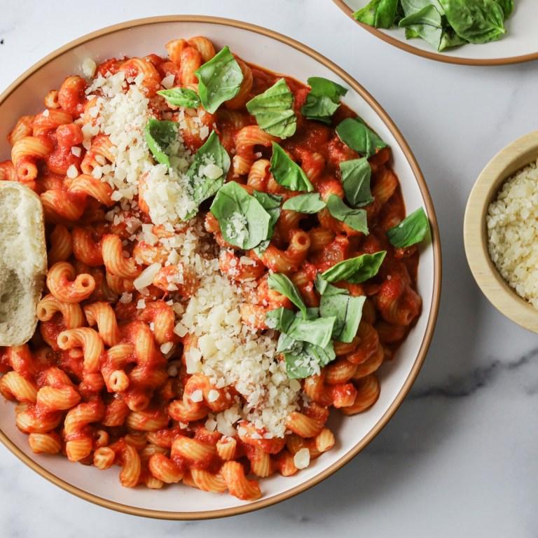 Cavatappi Pasta with Marinara | Easy Recipe!