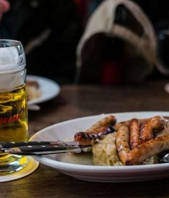 oktoberfest sausage beer recipes
