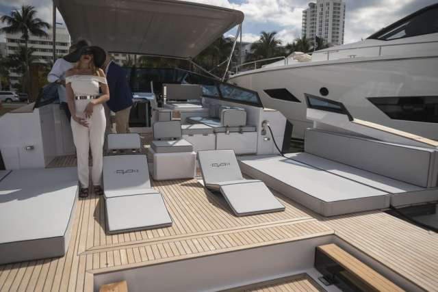 Southern Boating & Yachting's Miami Boat Show Round Up