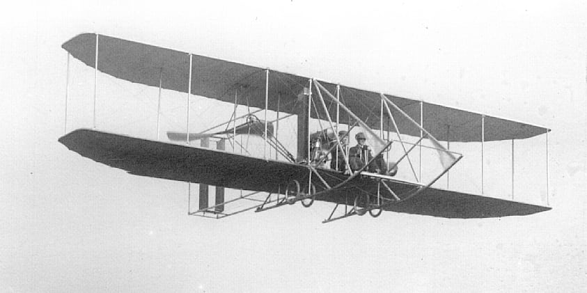 a history of the first successful airplane flight by the wright brothers The wright brothers invented the first successful  who invented the first  system that would enable the airplane to sustain its flight.