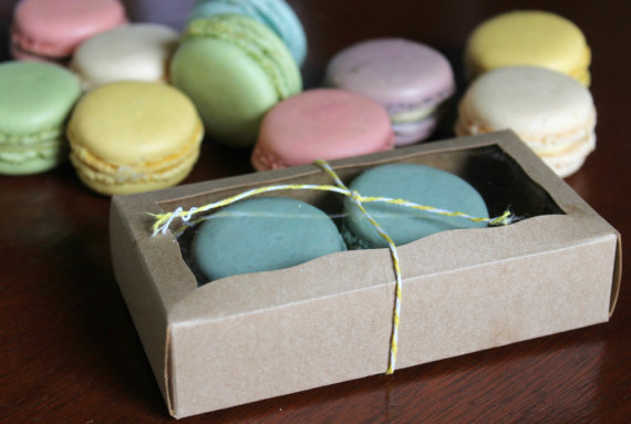 macaroon wedding favour