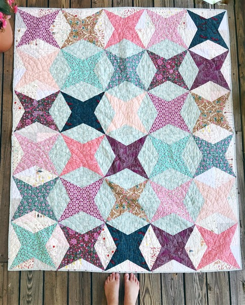 Baptist Fan Quilting : baptist, quilting, Beatrice, Quilt, Reveal, Quiltcon, Fabric, Southern, Charm, Quilts