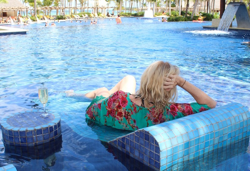 10 Must Dos When Going Solo To a Caribbean Resort