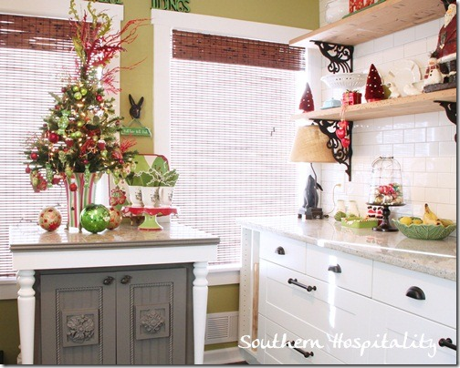 Green And Red Christmas Decor In Kitchen