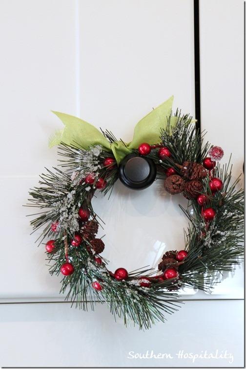 tiny wreath
