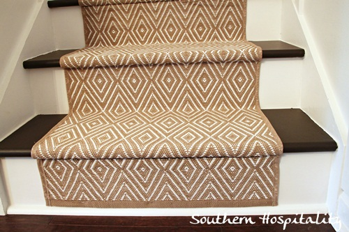 bottom stair runner install