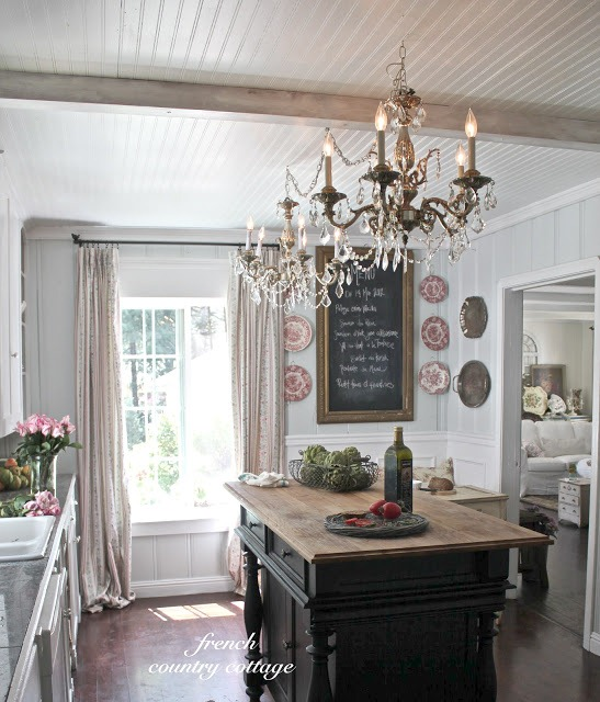 french country cottage feature rh southernhospitalityblog com french country cottage style chairs french country cottage design ideas