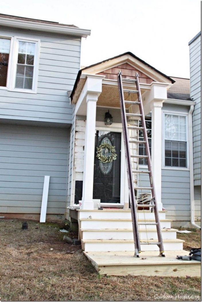 details going up porch trim