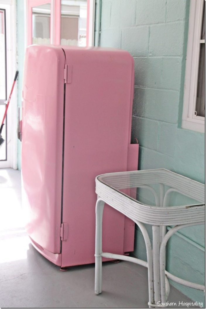 breeze inn pink fridge