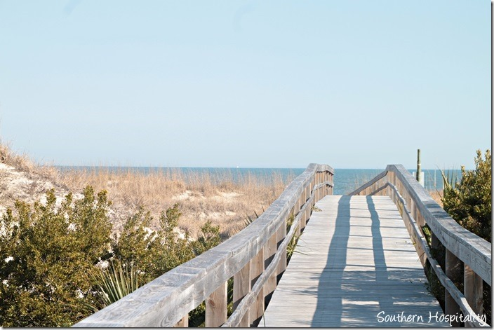 tybee beach boardwalk