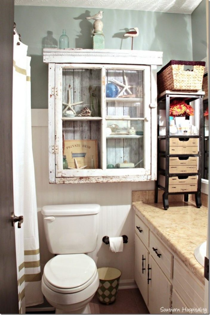 extra-storage-in-the-bathroom_thumb.jpg