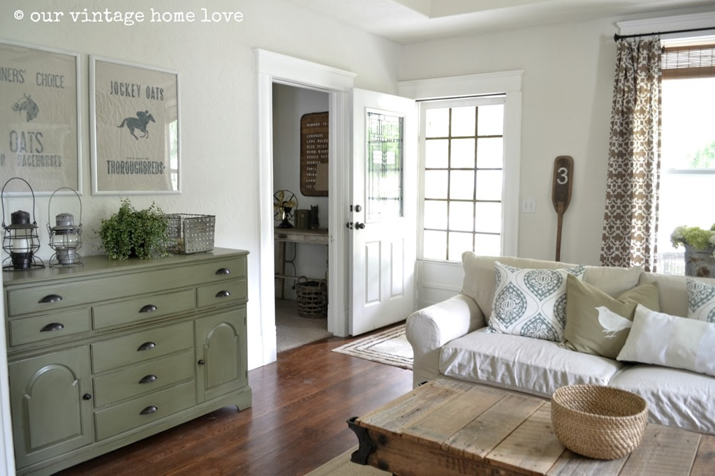 Feature Friday: Our Vintage Home Love
