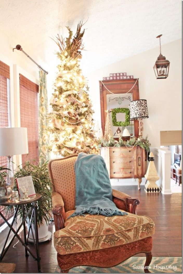 Christmas home tour 2014 part 1 southern hospitality - Christmas tree in living room ...