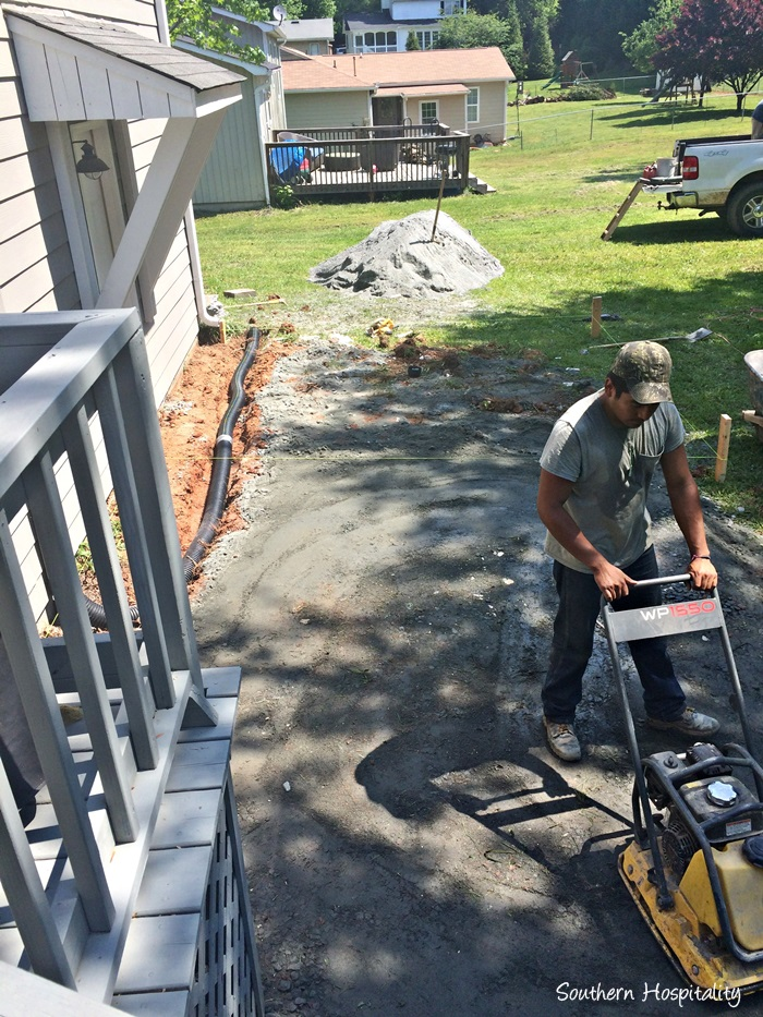 paver patio projectIMG_2627_20150507