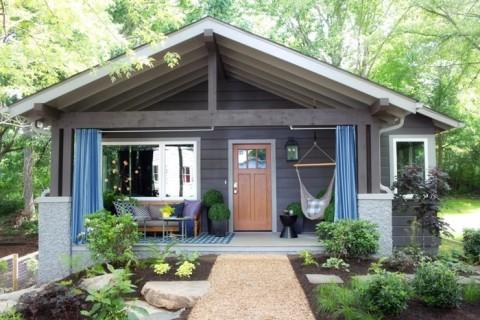 uo2015_front-yard-exterior-front-porch-door-path-landscaping-drapery_h.jpg.rend.hgtvcom.1280.853