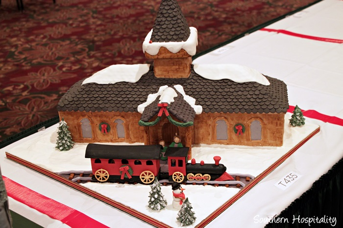 gingerbread house competition061