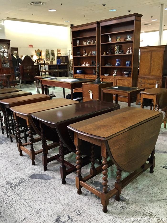scott antiques market036