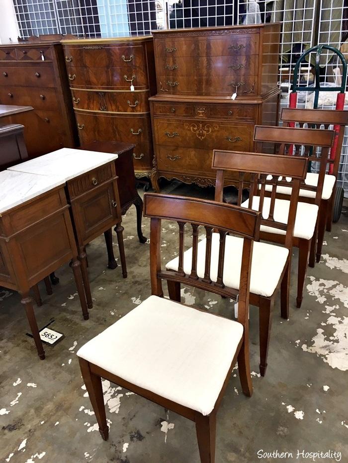 scott antiques market050