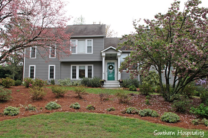 spring exterior house001