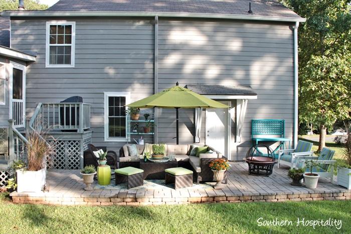 outdoor patio space with umbrella005