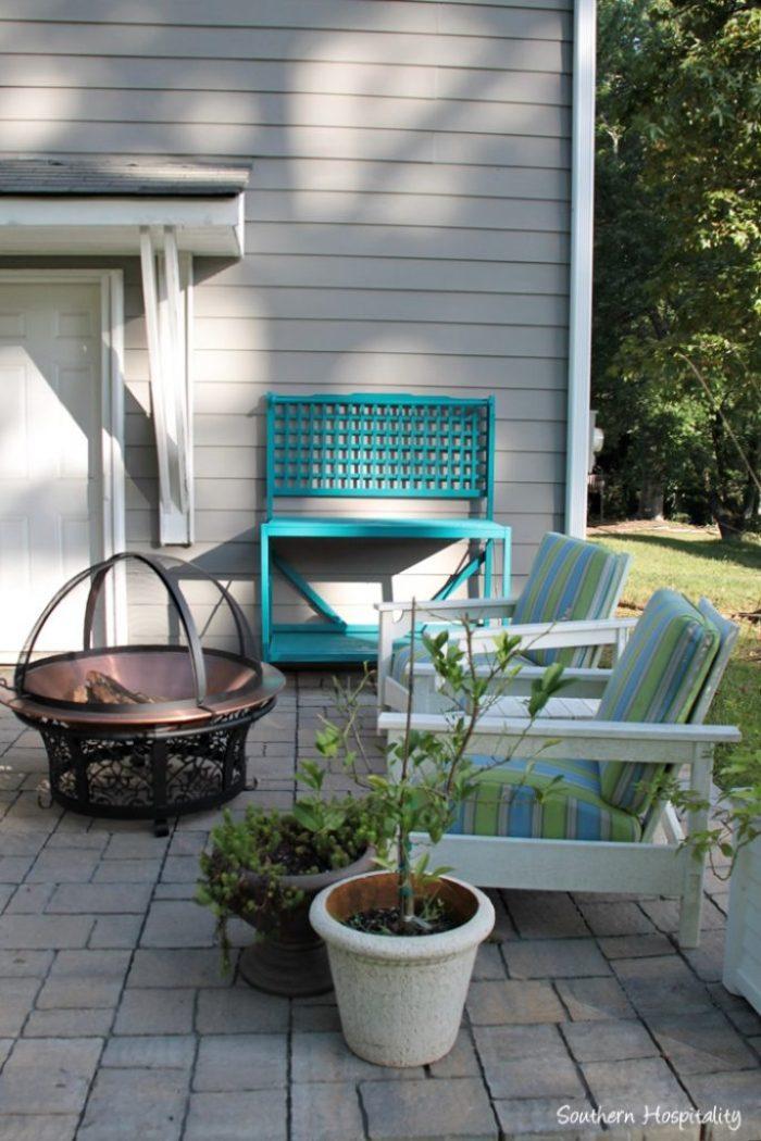 outdoor patio space with umbrella007