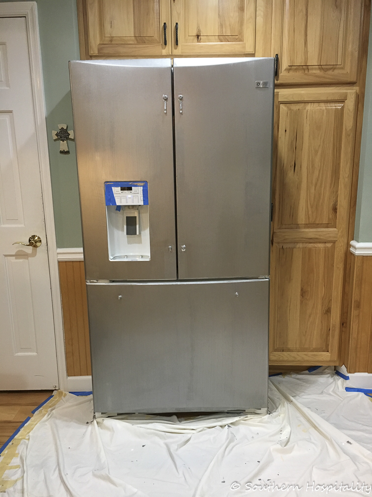 painting a white refrigerator with liquid stainless steel southern hospitality. Black Bedroom Furniture Sets. Home Design Ideas