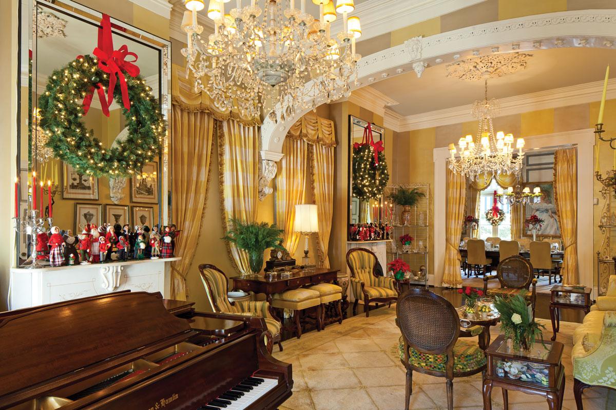 New Orleans Home Showcases Yuletide Spirit
