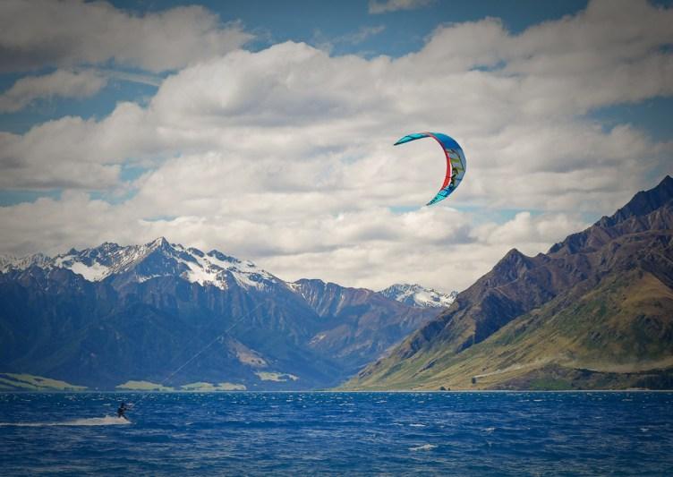 Hawea kiteing