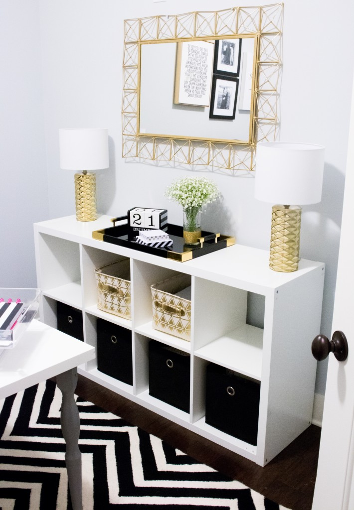 Home Office Tour   Southern Made Blog - Simple and sleek black, white, and gold home office reveal.  @safaviehrugs @hobbylobby @target @athomestores