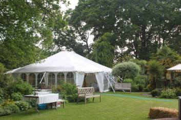Our traditional style party marquee always looks pretty with the windows rolled up or down!
