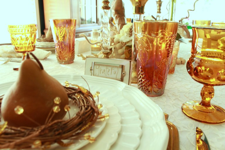 How to Set a Casual Fall Tablescape