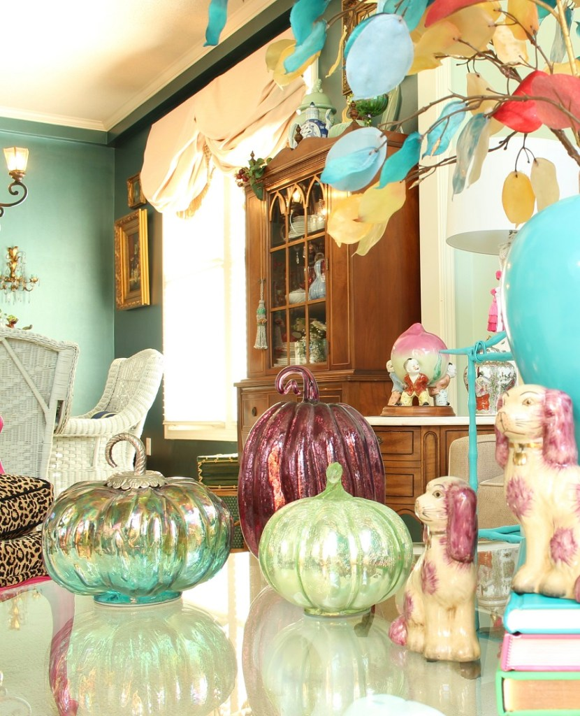 How to Add Fall Decor to Your Chinoiserie Chic Home