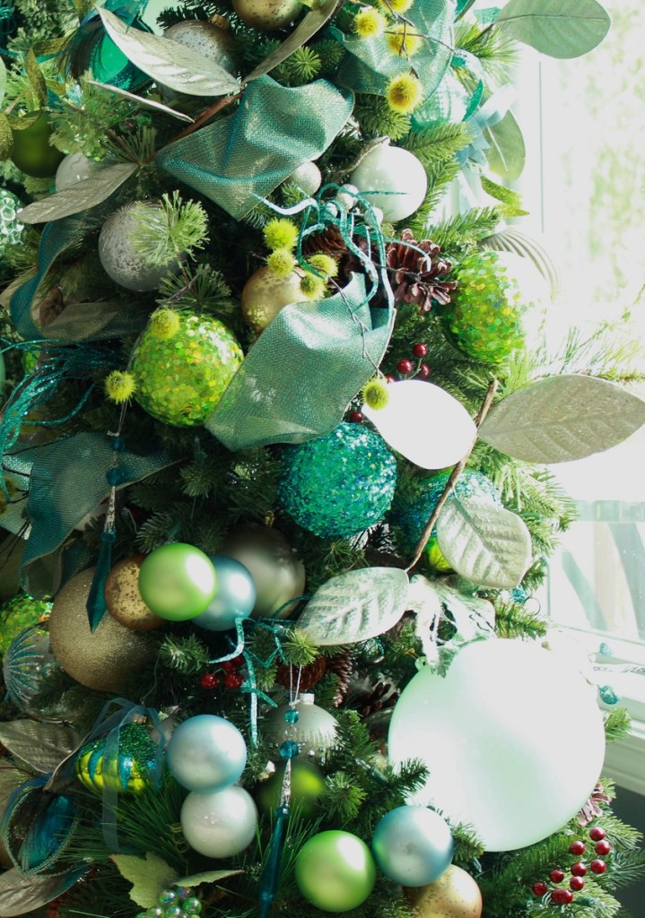 Elegant Turquoise and Lime Green Christmas Tree Decor