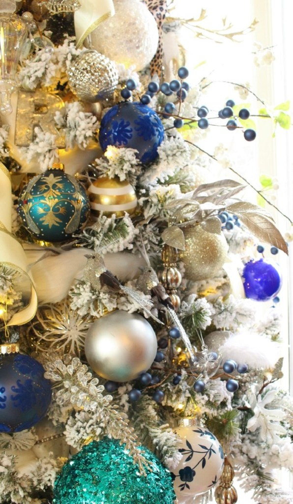 Elegant Flocked Blue and Whie Chinoiserie Christmas Tree