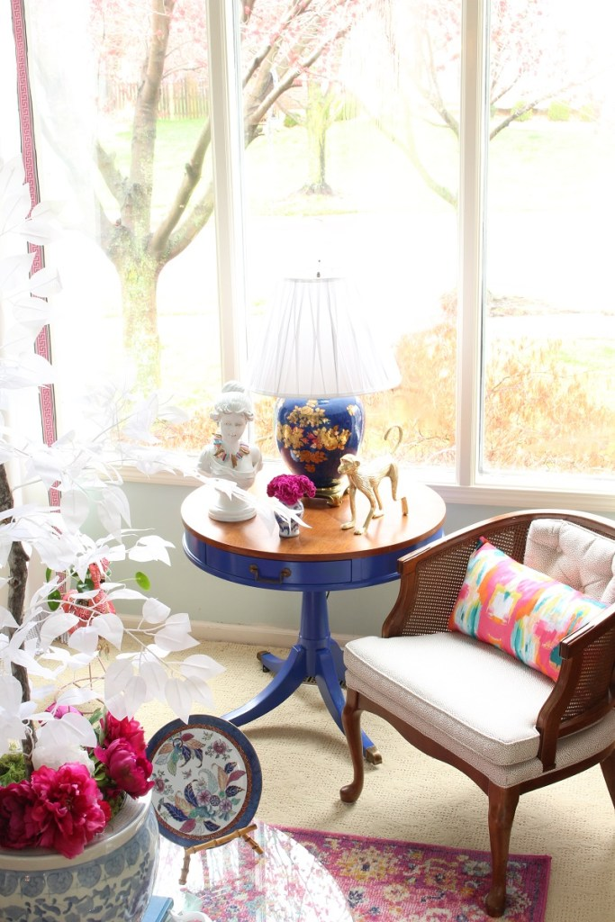 Bright blue side table with Chinoiserie Lamp