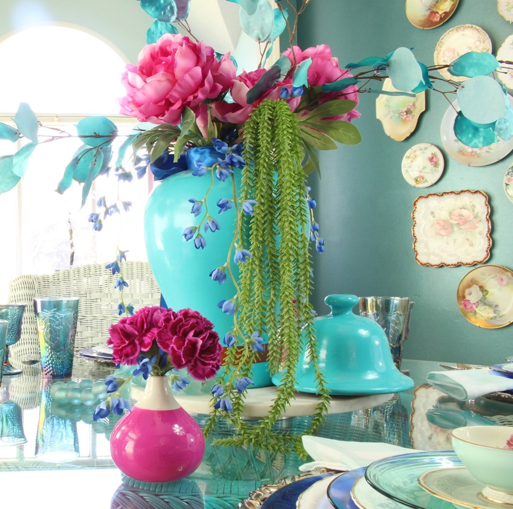 Simple & Stunning Spring Centerpiece in Turquoise Ginger Jar