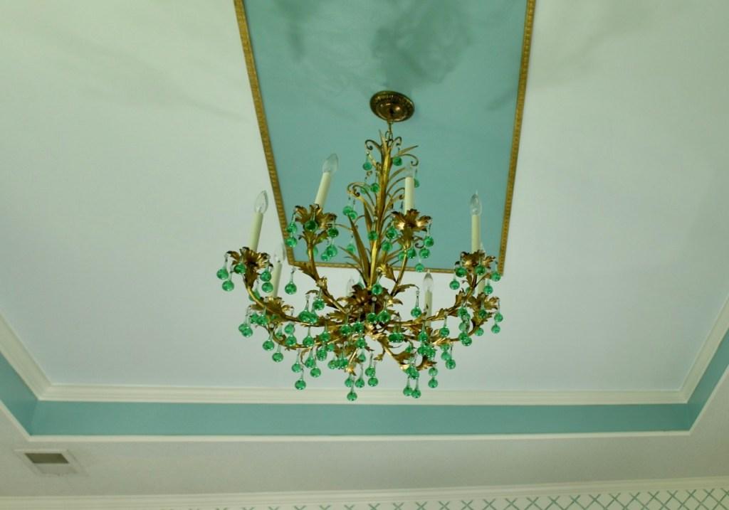 Elegant Stock Molding Frame for Tray Ceiling