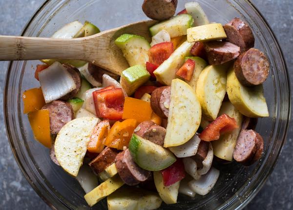No Mess Cajun Shrimp, Sausage & Veggie Foil Packets