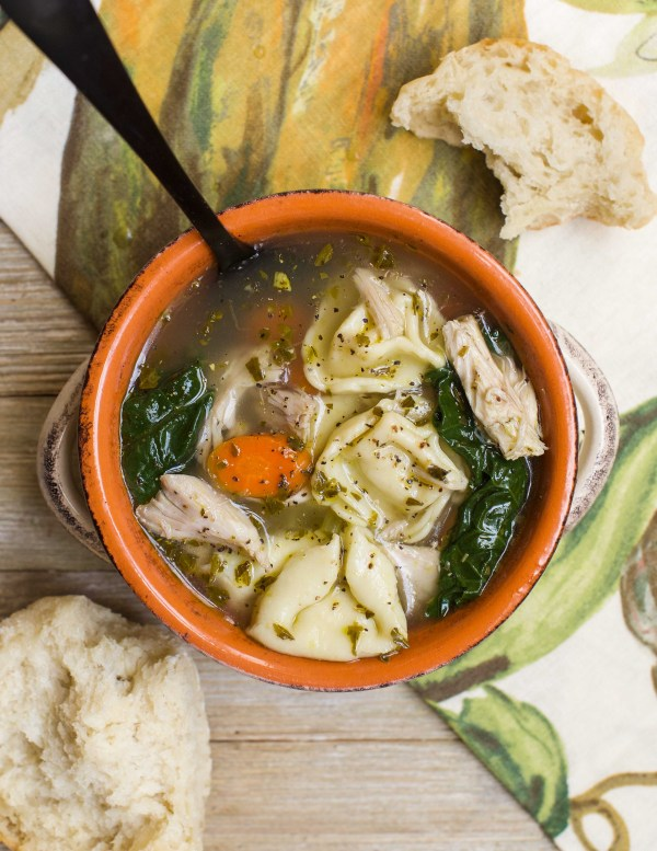 20-Minute Pesto Chicken Tortellini Soup